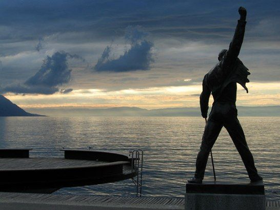 Estatua Freddie Mercury