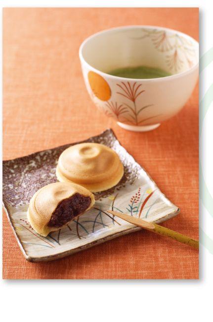 阿闍梨餅 - Ajarimochi I really like AJARIMOCHI, it's very famous sweets of KYOTO.