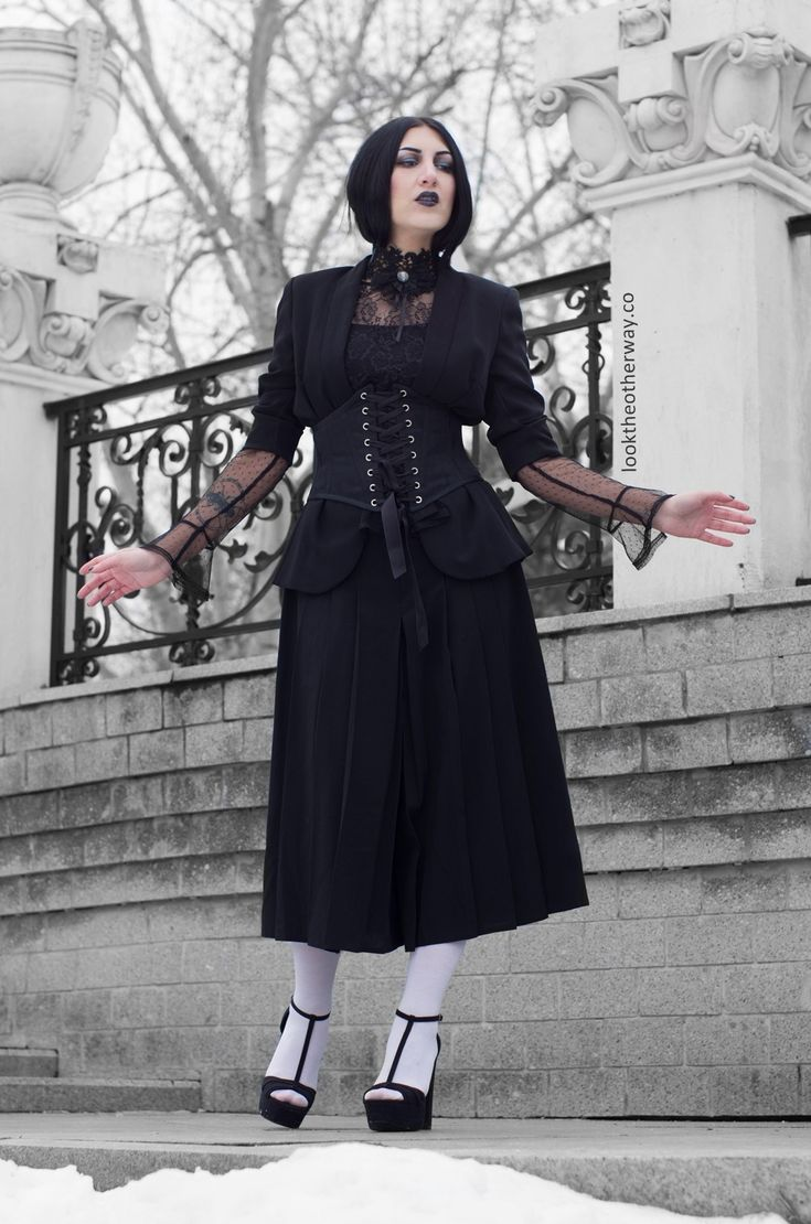 A Dream Within A Dream - Style Suggestions - Looktheotherway.co  #gothic #gothgoth #gothicbeauty #gothiclolita #elloneandreea