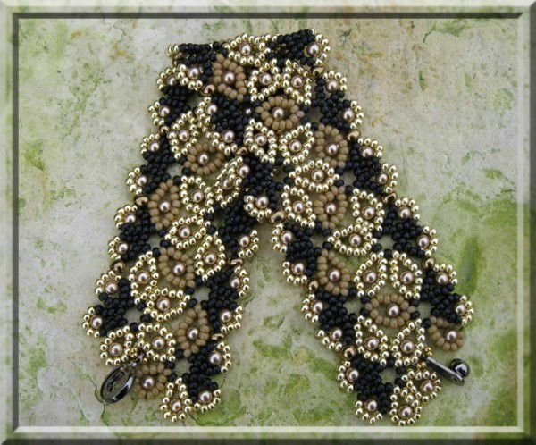 Bead Weaving   Jaycee Patterns - paid pattern.   Bead Weaving