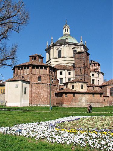 M<3 Église San Lorenzo Maggiore, Milan, Italy