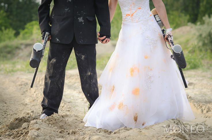 #WeddingPhotography #paintball