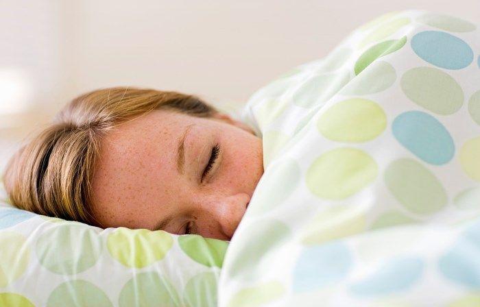 Itt az álmatlanság és az éjszakai szorongás megoldása, és egyszerűbb, mint gondolnád!