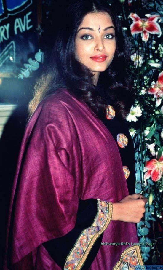 Aishwarya in mid 90s