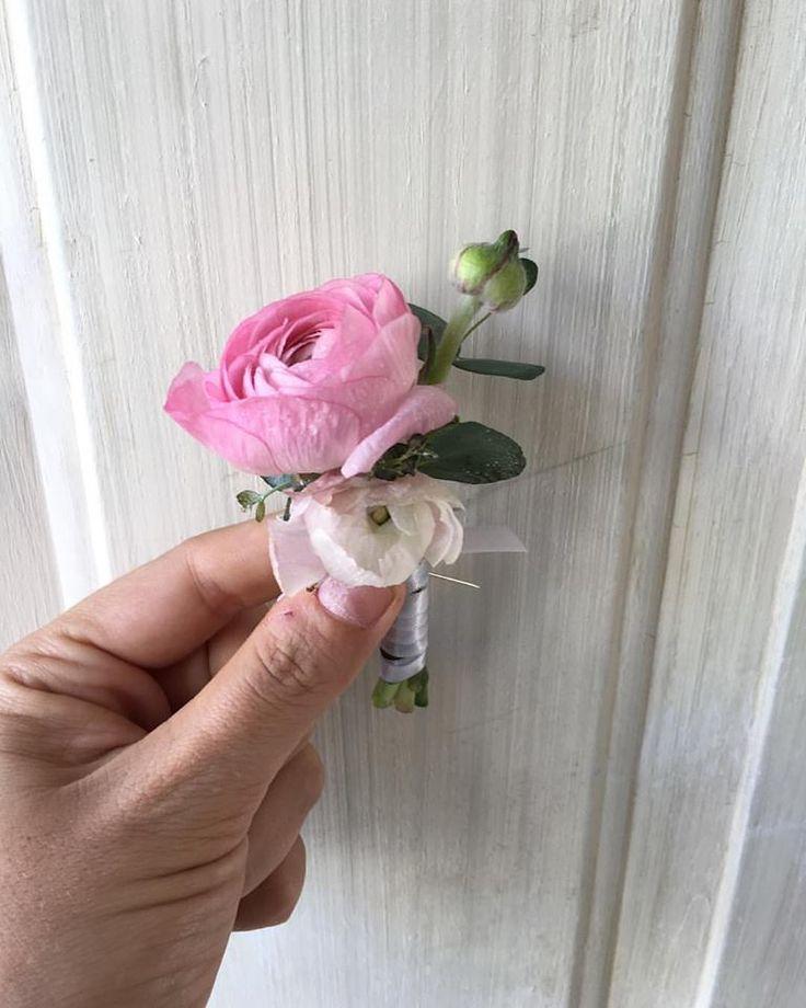 CBB228 Weddings Riviera Maya pink ranunculus boutonniere / rosa