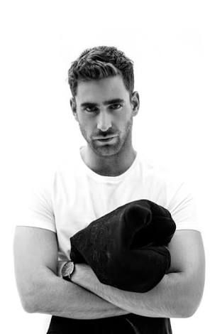 Oliver Jackson-Cohen Actor, Model, Hairy, Muscle, Emerald City