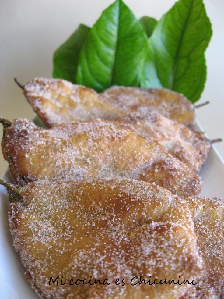 Al rico Paparajote (receta murciana Spain) Hojas del limonero recubiertas con huevo y harina azúcar y canela. Ummmm
