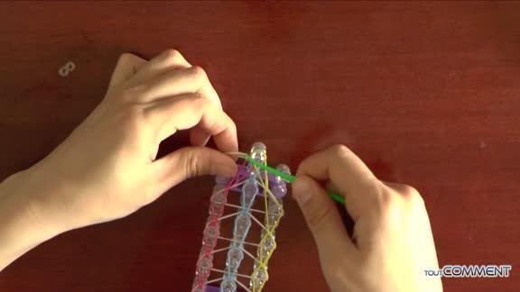 Comment faire un bracelet élastique Rainbow Loom à 3 rangs