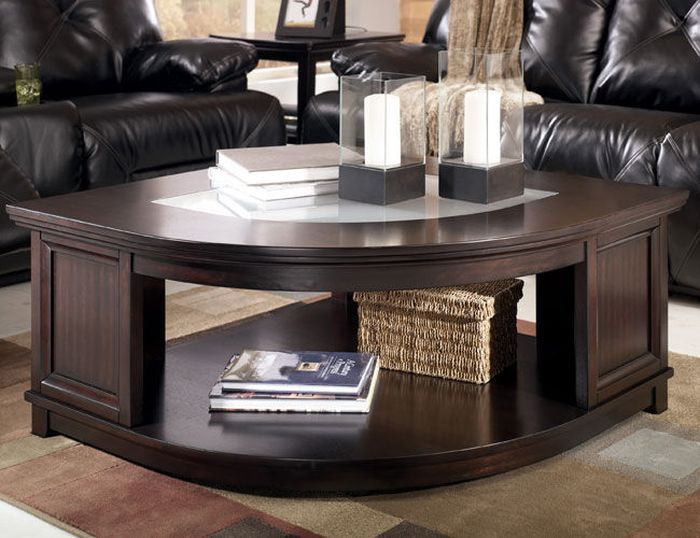 Угловая мебель: 7 эффектных способов применения в интерьере