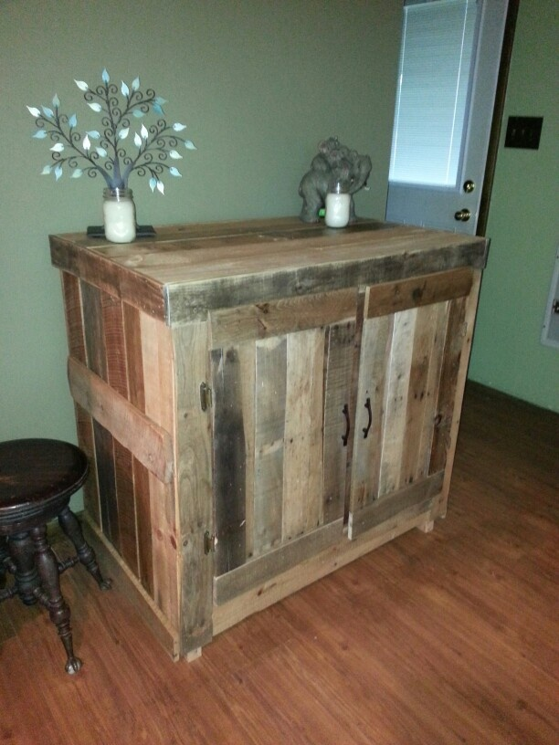 Pallet cupboard pallet furniture pinterest pallets - Cupboards made from pallets ...