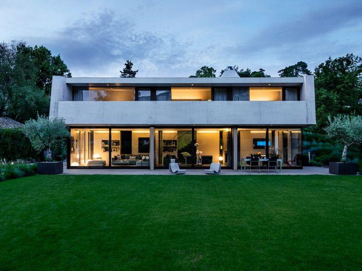 2lb House, Geneva, Switzerland by Raphael Nussbaumer Architectes.