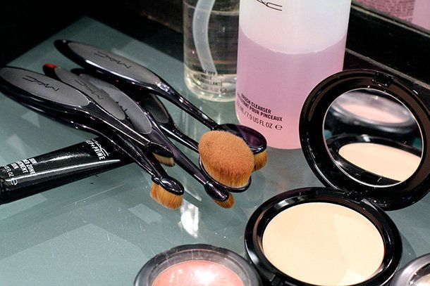 $1.9 get Cheap MAC outfits,discount mac makeup,cosmetics wholesale factory online sale.,MAC brushes