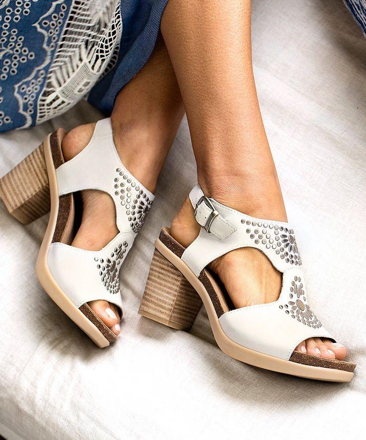 Beautiful Danskos: Deandra sandal