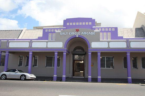 SCAMall4 Salt River Circle Arcade http://www.ilovewoodstock.co.za/2011/12/salt-circle-arcade/