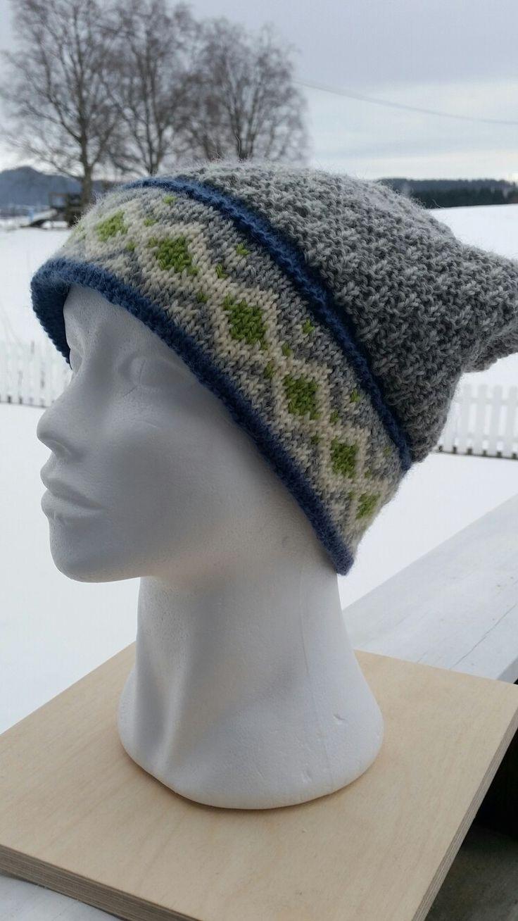 Lothepuslue strikket i Smart fra Sandnesgarn