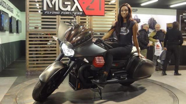 All'edizione 2017 del Motor Bike Expo hanno partecipato anche Moto Guzzi e Aprilia (del gruppo Piaggio) dove hanno messo in mostra le proprie proposte di personalizzazione delle due ruote. Il…