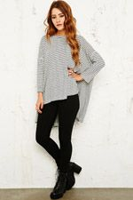 Free People Circle in the Sand Long Sleeve Top chez Urban Outfitters