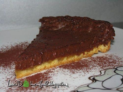 Tarta cu ciocolata - http://www.gustos.ro/retete-culinare/tarta-cu-ciocolata-3.html