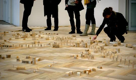Bureau Venhuizen, Parquette Vestigingspel (1991 - 2008). © Gert Jan van Rooij, Museum De Paviljoens