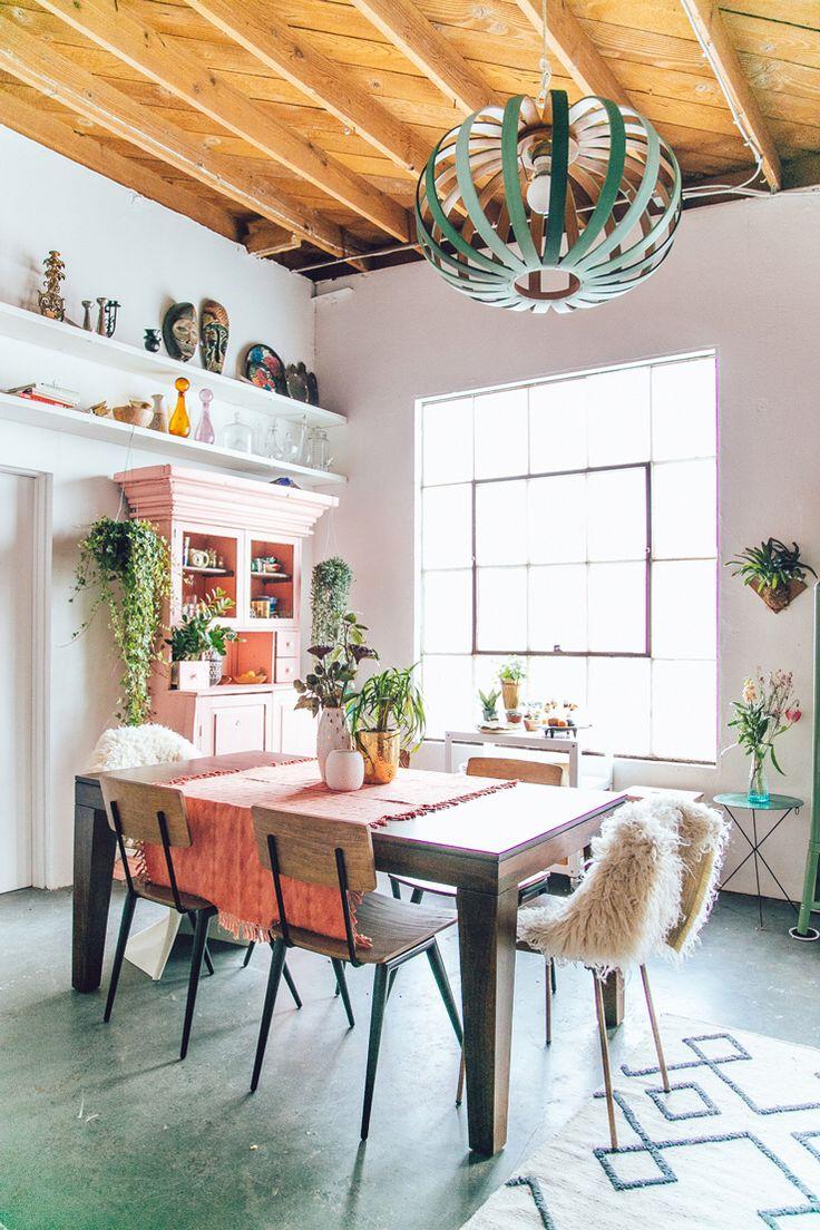 Pops of pink. Modern Boho dining room
