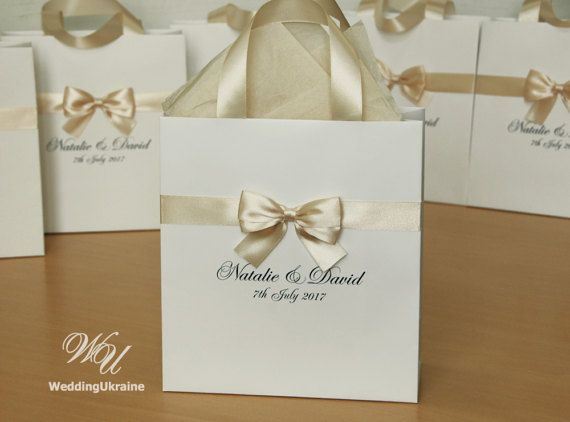 50 borse da sposa con nastro di raso Champagne arco e nomi