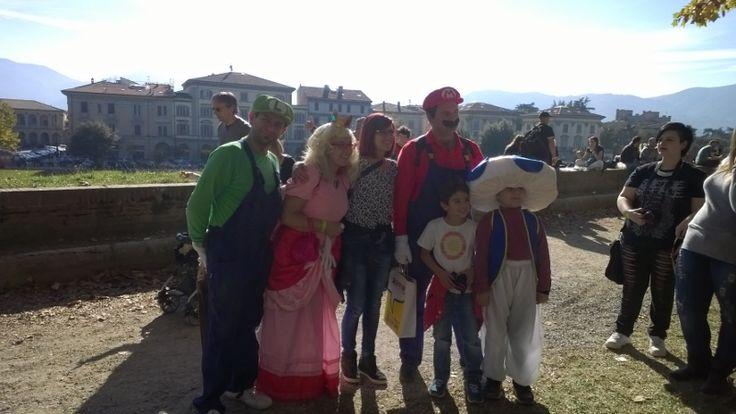 Mario Bros, Luigi, Peach en de rest van het gezelschap