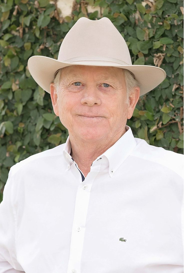 STEVEN H. BENNETT: Texas Real Estate Broker, Steve Bennett literally knows the lay of the land, sharing his passion for the land and our Texas Heritage. Steve brings over four decades of strong industry knowledge to sellers and buyers in the San Antonio, West Texas, Hill Country and expanded South Texas region. Targeting his clients' ranches and homes with daily marketing of their property to an extensive network of real estate brokers by staying in active communication promoting the quality…
