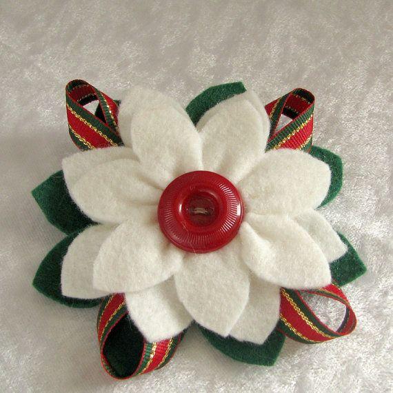 Navidad fieltro Poinsettia Pin blanco y verde fieltro con