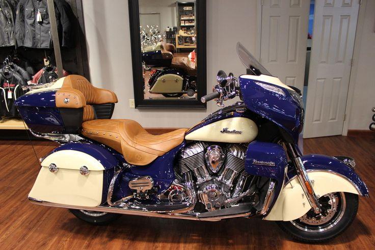 2016 Indian® Roadmaster® Springfield Blue and Ivory Cream Stock: 2236 | Coastal Victory & Indian Motorcycle of Myrtle Beach | Murrells Inlet, South Carolina | coastalvictory.com