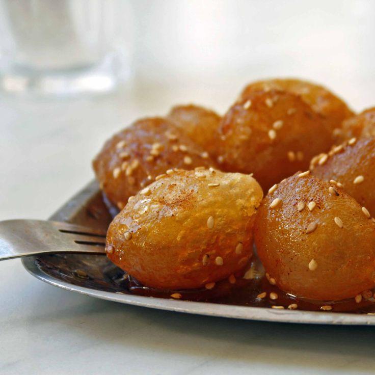Loukoumades with Honey Syrup, that's the stuff. τόσο νόστιμο!