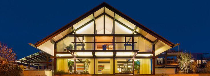 16 besten luxushaus bilder auf pinterest moderne h user haus der technik und modernes. Black Bedroom Furniture Sets. Home Design Ideas