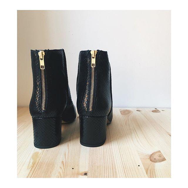 ATP Atelier Mei Black Printed Snake #atpatelier #atpatelierweekends #boots