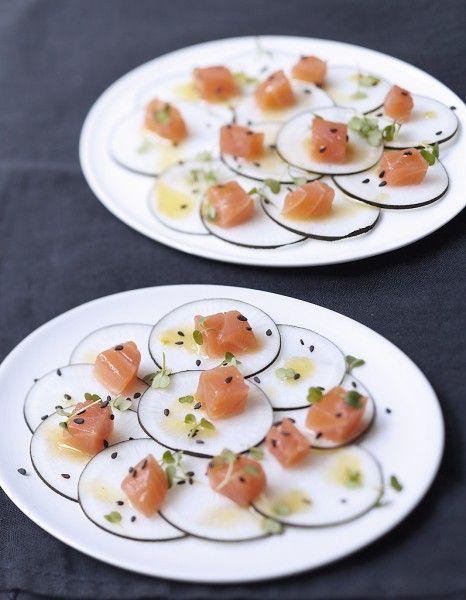 Dos de saumon fumé, radis noir, vinaigrette sésame et agrumes pour 6 personnes - Recettes Elle à Table - Elle