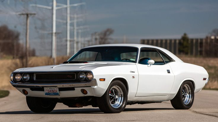 1970 #Dodge #Hemi #Challenger R/T // #MecumChicago #Mecum #Chicago
