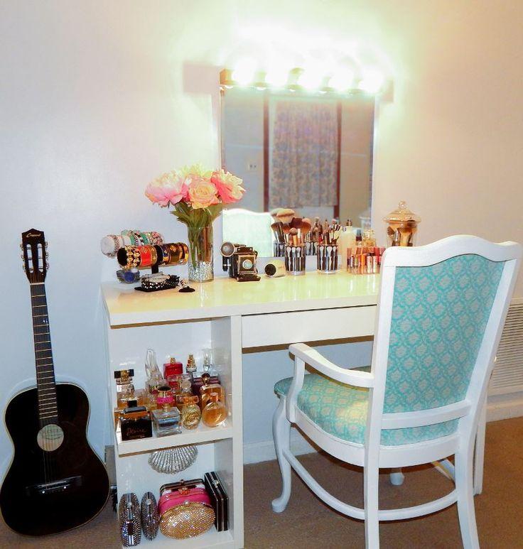 Vanity Light Bar Diy : 1000+ images about Makeup/Perfume Stuff on Pinterest Makeup storage, Makeup vanities and Make ...