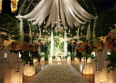 primrose courtyard Wynn Las vegas | Vegas wedding. Vegas wedding venue. Hotel wedding ceremony decorations