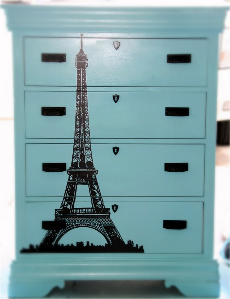 @Rose Brehmer tour d`Eiffel on dresser - if we have a girly girl, i'd love to do a parisian themed bedroom :)