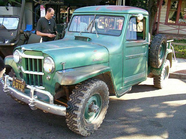 1960 willys jeep 4x4 pickup 39 a10 139 39 1 jeep 4x4 jeeps for Garage jeep villeneuve d ascq