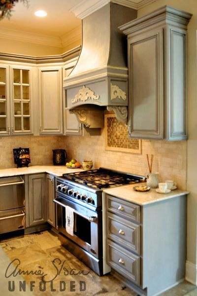 Paris Grey Chalk Paint® Decorative Paint By Annie Sloan On Kitchen  Cabinetry. I Like The Combo Of Cabinet Color And Backsplash.