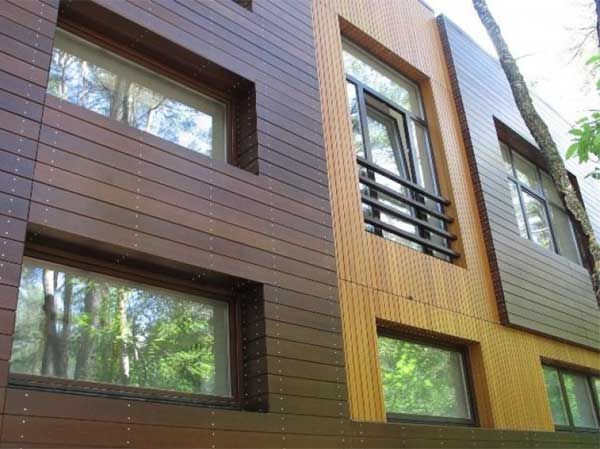 Отделка фасадов частных домов, отделка фасада дома сайдингом, натуральным камнем, штукатуркой