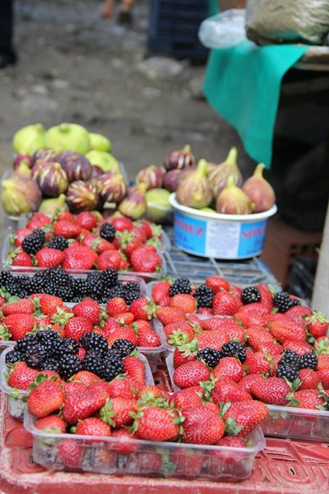 Famous Turkish Figs and Fresh Strawberries from Ayvalık…