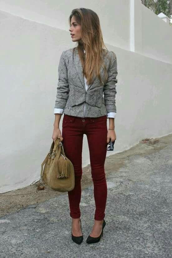 Outfit pantalon vino