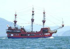 広島市内と宮島の間には海王っていう海賊船のような遊覧船が運行しています 瀬戸内海の島々の風景を楽しみながら分をかけて宮島まで渡ることができますよ カキ筏や多島美など瀬戸内海らしい風景に出会うこともできるから宮島観光の時にはぜひ利用してみてくださいね tags[広島県]