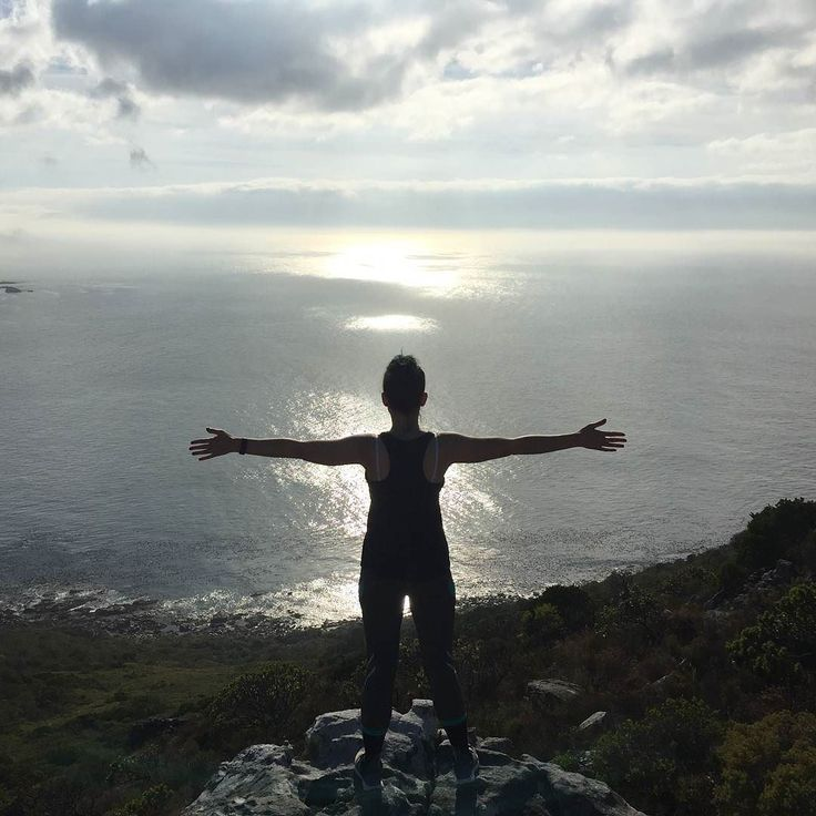 Food for my soul.  #capepoint #capetown #hikingadventures #oceanview #BobbejanaAdentures #sunrise