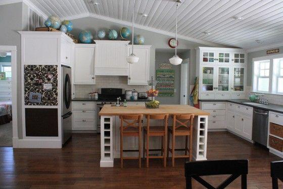.: Restoration Hardware, Globes, Wall Color, Decoration Idea, Blocks Islands, Kitchens Layout, White Cabinets, Dream Kitchens, White Kitchens