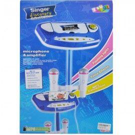 """Kidcadou a găsit cadoul ideal pentru copii care cocheteaza de mici cu muzica. Are functii precum:- ritmuri variate;- posibilitatea de a canta diverse melodii;- redarea unor melodii predefiniite;- lumini si sunete ritmate, efect de aplauze;- volum reglabil, buton """"On / Off"""";- 2 microfoane reglabile;- cablu de date pentu mp3, telefon mobil, sau computer. Functioneaza cu 3 baterii R6 (neincluse).Jucaria se adreseaza copiilor cu varsta peste 3 ani.Inaltimea este de aproximativ 96..."""