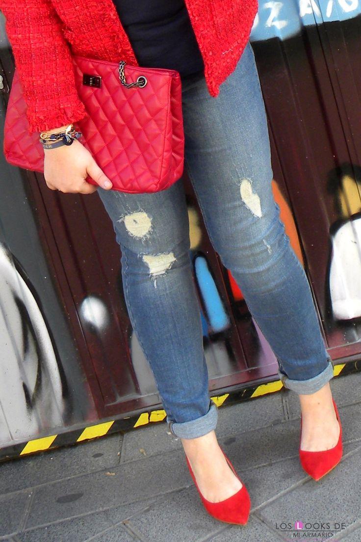 Trendy Curvy Look. CHAQUETA DE TWEED VIOLETA BY MANGO #WeAreVioleta  #chaquetatweed #tweed #violetabymango #look #chaquetaroja #rojo #zapatos #fashion #moda #outfittallagrande #curvy #plussizecurve #personalshopper #curvygirl #loslooksdemiarmario #bloggermadrid #outfit #plussizeblogger #fashionblogger #influencer #trendy #bloggerXL