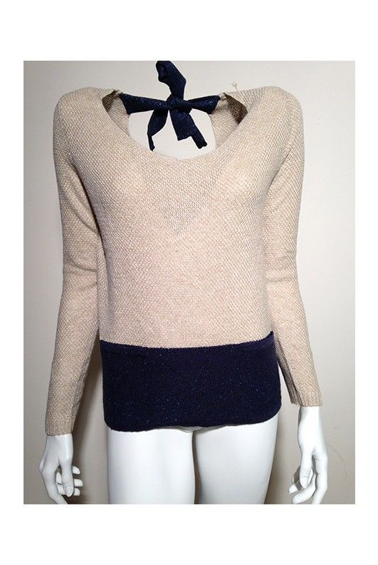 #Joli #pull ouvert dans le dos retenu par un petit noeud. Marque : La Petite Etoile.  Sur le #ecommerce #RosalieShop ... #Mode #Fashion #Soldes #LaPetiteEtoile https://rosalie-shop.com