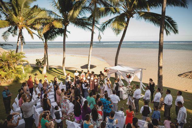 Bula Bride Fiji Wedding Blog // Joe & Melissa Outrigger Fiji Wedding // Captured by Deus Photography