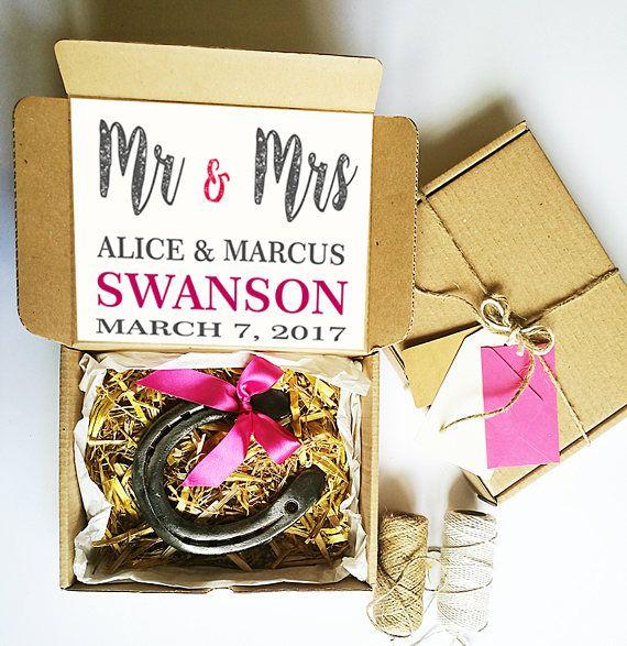 Custom Wedding Gift for couple - Good luck Horseshoe, Wedding Horseshoe, Bridal Horseshoe, Wedding Keepsake, Horseshoe Charm, Horseshoe Art